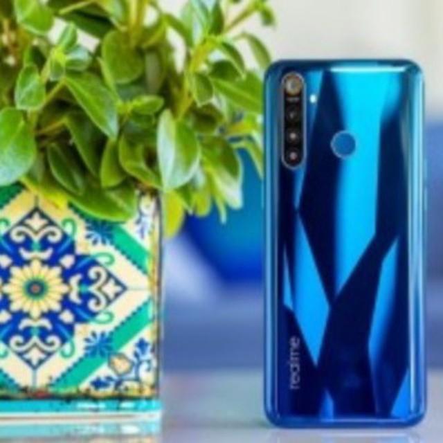 Spesifikasi dan Harga Realme 5 Pro - Smartphone android yang berada di Shenzhen, Tiongkok dengan nama Realme 5 Pro hari ini mulai dijual